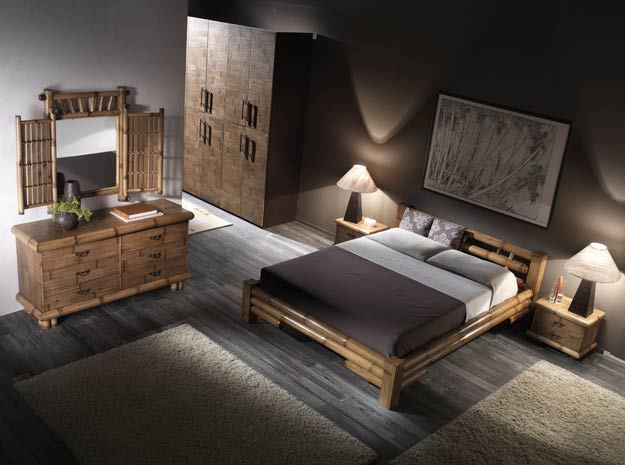 Schlafzimmer: Bambusbett mit anderen Bambusmöbeln